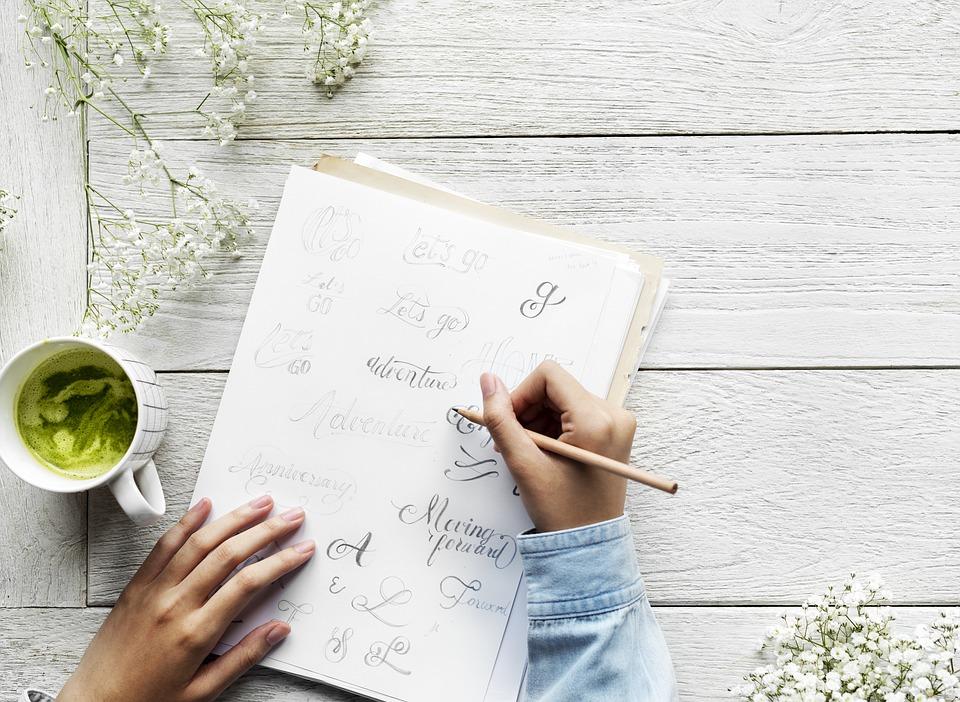 テーブル 空気 カフェ 書道 クリーン 通信 毎日 デザイナー 描画 女性 フラットレイ