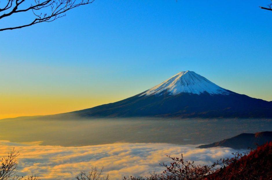 新年っぽい富士山