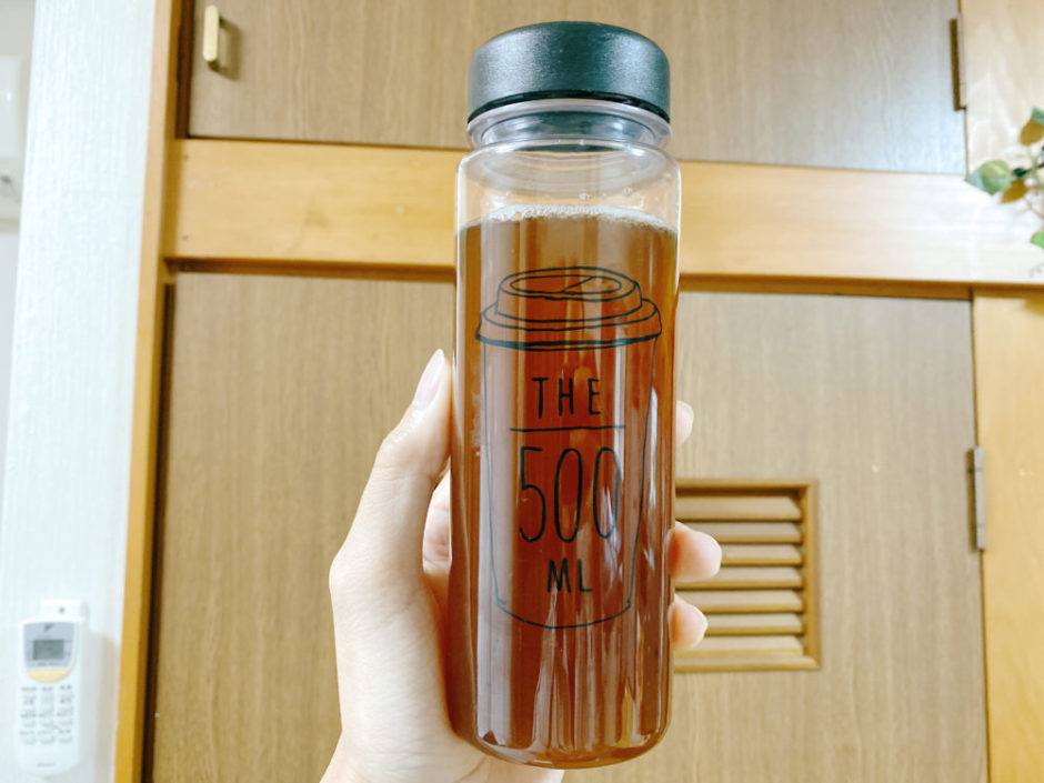 水で薄めたコーヒー